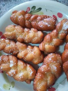 Coconut Plaites (koeksisters) recipe by Naseema Khan (zulfis) posted on 04 Aug 2018 . Recipe has a rating of by 3 members and the recipe belongs in the Biscuits & Pastries recipes category Easy Donut Recipe, Donut Recipes, Pastry Recipes, Messy Bun With Braid, Braided Buns, Messy Buns, Koeksisters Recipe, Braided Bun Hairstyles, Updo Hairstyle
