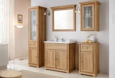 Products Stylefy Alvarado Bad Set braune Riviera Eiche How To Take Care Of Your Roses The rose is a Bathroom Shelves, Bathroom Sets, Bathroom Storage, Small Bathroom, Master Bathroom, Vanity Bathroom, Under Sink Storage Unit, Bad Set, Free Standing Cabinets