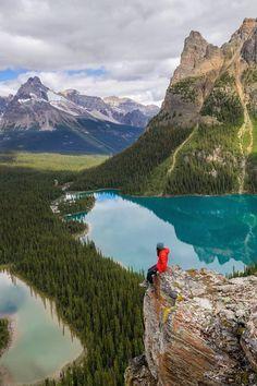 Solitude - Yoho National Park - Canada - photo by Tiffany Nguyen Wonderful Places, Beautiful Places, Beautiful Pictures, Cool Landscapes, Beautiful Landscapes, Camping 3, Yoho National Park, Photos Voyages, Ansel Adams