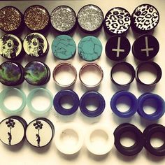 In love with plugs and gauges :) ❤️👂 Plugs Earrings, Gauges Plugs, Body Piercings, Piercing Tattoo, Ear Jewelry, Body Jewelry, Jewlery, Tapers And Plugs, Tunnels And Plugs