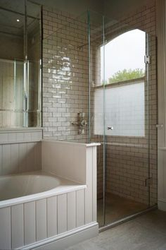 Family bathroom - layout VW - Clear glass frameless shower enclosure with polished nickel hinges. Installed in London by Creative Glass Studio. Loft Bathroom, Upstairs Bathrooms, Steam Showers Bathroom, Family Bathroom, Bathroom Layout, Bathroom Interior Design, Master Bathroom, Bathroom Ideas, Master Master