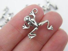 BULK 50 Frog charms antique silver tone A64