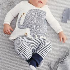 Adorable elephant 2 pieces outfit, available at dashingbaby.com now!!!