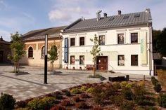 Auschwitz Jewish Center. Left to right: the Chevra Lomdei Mishnayot synagogue Jewish Museum