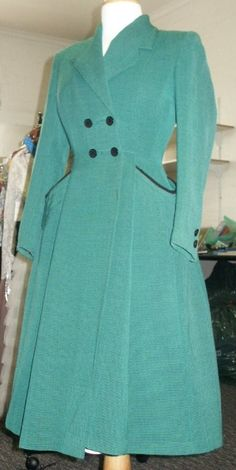 Timelessly beautiful blue-green 1940s princess coat (love!!!). #vintage #fashion #1940s #coats