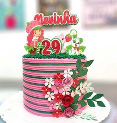 Bolo da Moranguinho: 80 ideias delicadas e tutoriais de como fazer Strawberry Shortcake Characters, Cupcakes, Planter Pots, Cooking Recipes, Party, Lira, Fondant, Cakes For Kids, Amazing Cakes
