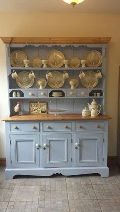 Annie Sloan Louis Blue Welsh dresser 'OMG I love this ! Kitchen Dresser, Painting Kitchen Cabinets, Furniture, Chic Kitchen, Repurposed Furniture, Best Kitchen Cabinet Paint, Shabby Chic Kitchen, Chic Furniture, Annie Sloan Furniture
