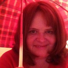 @ettingerlondon The last couple of days #MyColourOfSummer has been red, the colour of my umbrella!!
