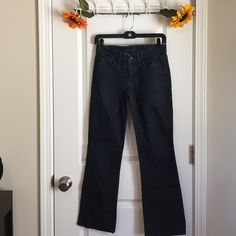 """Joe's Jeans Brand new. Worn once. In perfect condition! Inseam 29"""". Joe's Jeans Jeans Straight Leg"""