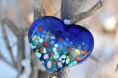 Art glass heart by Robert Held Fused Glass Jewelry, Fused Glass Art, Stained Glass Art, Glass Beads, Dichroic Glass, Bee Creative, Valentine Heart, Valentine Doodle, Valentines