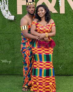 With love from Ghana, we bring you the traditional ceremony of Naa and Prince. was a vibrant kente party Ghana Traditional Wedding, African Traditional Wedding Dress, African Fashion Traditional, Ghana Fashion Dresses, Latest African Fashion Dresses, African Inspired Fashion, Ghanian Wedding, African Wedding Attire, African Attire