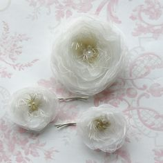 Ivory organza bridal hair clip set