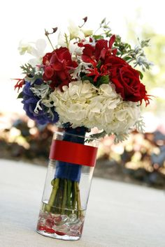 Top 17 Centerpiece Designs For July 4th – Easy Patriotic Holiday Party Decor Project - Way To Be Happy (4)