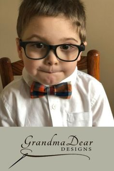 Little Boys Bow Tie Sz Little Gents Bow Tie Repurposed Clothing Little Boys Clothes Recycled Cl Bow Ties for your little guys that take the FUSS out of getting them to dress up! Wear them with blue jeans, a collared shirt and off they go. These bow t Little Boy Outfits, Cute Outfits For Kids, Unique Outfits, Little Boys, Cute Kids, Kids Fashion Blog, Sweater Mittens, Boys Bow Ties, Boys Accessories