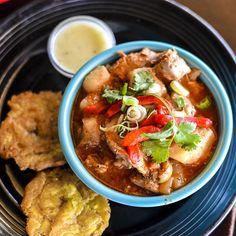 Pollo Guisado Bowl at la isla seattle -Instagram photo by @L a Isla Seattle via ink361.com #puertoricanfood #puertorico #food