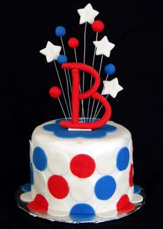 Red White Blue made for a family reunion on the of July 4th Of July Cake, Fourth Of July, Red White Blue, Birthday Cake, Lily, Desserts, Summer, Food, Decorating Cakes