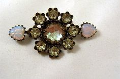 VINTAGE-EDWARDIAN-SAPHIRET-PASTE-WITH-GLASS-OPAL-HEARTS-1910-PIN-NR