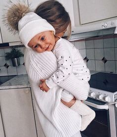 - So cute 🤣🤣🤣 Baby love 💖 So Cute Baby, Baby Kind, Baby Love, Cute Kids, Cute Babies, Cute Family, Baby Family, Family Goals, Foto Baby