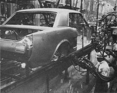 Mustang Assembly Line: Body Fabrication
