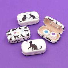 Máte rádi kočky? Pak je naše řada I Love My Cat pro vás to pravé! Praktické doplňky na každý den, jako např. toto pouzdro na kontaktní čočky se zrcátkem. #ILoveMyCat #cat #accessories