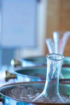 #bestofbio Bad Gastein, Hurricane Glass, Wine Decanter, Barware, Tableware, Wine, Drinking, Dinnerware, Wine Carafe