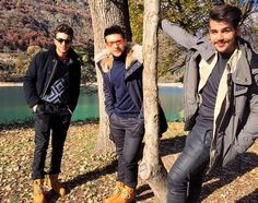 Well let's start by congratulating Il Volo for getting 50 million views on their official video for 'Grande Amore'. Bravo gentlemen. They return with the new song and video for the song 'Per te ci ...