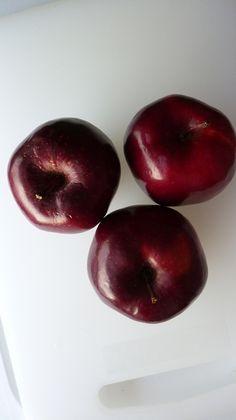 Apple - Photo by Khadeejah Raja
