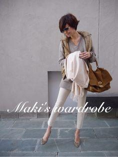 田丸麻紀 down vest /white pants Xl Fashion, Petite Fashion, New York Fashion, Daily Fashion, Spring Fashion, Autumn Fashion, Fashion Outfits, Womens Fashion, Fashion Tips