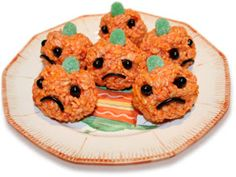 the child's plate: Kid's Halloween Recipe - Rice Krispie Treat Pumpkins