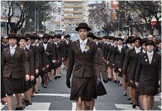 26 Jan 2014, desfile na cidade de Odivelas, honrando a cidade e o IO com 114 anos de História. As alunas ostentam na lapela o laço com a cruz de Avis, símbolo do IO, e as medalhas de mérito académico. O IO é membro honorário da Ordem Militar de Santiago e Espada e da Ordem Militar de Avis. A 10/Junho/2014, desfilarão na cidade da Guarda, com o estandarte da escola, nas comemorações solenes do Dia de Portugal, de Camões e das comunidades