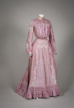 Dress1902Gemeentemuseum