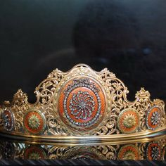 CLASSICAL 18TH CENTURY TIARA (image 2 of 6)