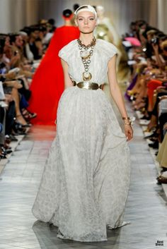 Giambattista Valli HOUTE COUTURE SPRING/SUMMER 2011/2012 High Fashion Haute Couture Giambattista Valli featured fashion
