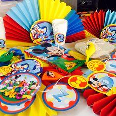 Kit Decorativo Mickey Mouse y sus Amigos Party