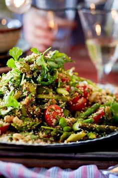 Couscous salad has never been so delicious! - Kiss salad Couscous salad has never been so delicious! With crunchy vegetables and - Asparagus Salad, Asparagus Recipe, Summer Grilling Recipes, Summer Recipes, Couscous Recipes, Salad Recipes, Healthy Salads, Healthy Recipes, Party Salads