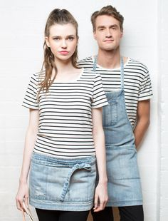 The Hair Stylist's favourite Apron! The Boston Apron by Cargo Crew is made with a soft hand-distressed denim. Perfect functionality, and looks SO great while you work. Cafe Uniform, Waiter Uniform, Uniform Shop, Staff Uniforms, Work Uniforms, Kellner Uniform, Bib Apron, Uniform Design, Boston