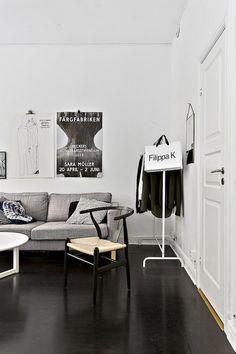 Un deux pièces en noir et blanc (et jaune)   PLANETE DECO a homes world   Bloglovin