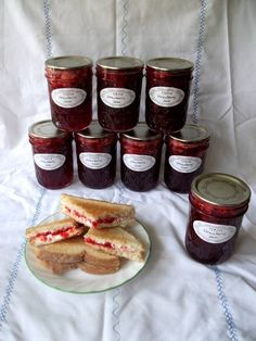 Preserving strawberries 3 ways - COOKING  - Knitting, sewing, crochet, tutorials, children crafts, jewlery, needlework, swaps, papercrafts, cooking and so much more on Craftster.org