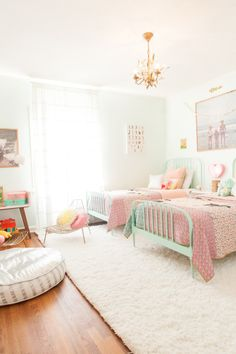 The Look: Painted Jenny Lind Beds