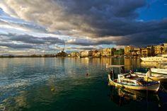 Καλαμάτα (Kalamata) Greek Life, Sandy Beaches, Greece, Sweet Home, City, Beautiful, Scenery, Greece Country, House Beautiful