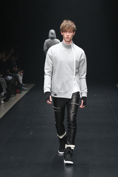 Ato Tokyo Fall 2015 - Collection - Gallery - Style.com