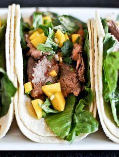 Healthy Thai Beef Tacos | howsweeteats.com