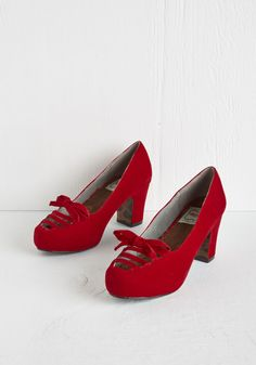 Revive Got an Idea Heel in Crimson. You adore the chic concept of bringing back retro looks, so youre starting with these red heels from Bettie Page! #red #wedding #modcloth