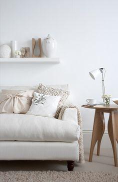 ♥ #couch #white #modern #homedecor