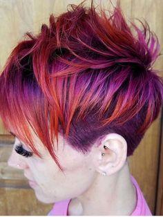 24 beautiful purple hair colors for short hair 2018 - Hair color short hair - Hair Color Funky Hair Colors, Bright Hair Colors, Hair Color Purple, Cool Hair Color, Purple Colors, Hair Colours, Pixie Hair Color, Purple Pixie Cut, Really Short Hair