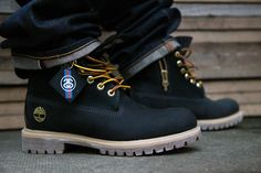 "Stussy x Timberland 6 Inch Boot ""Black"" (Detailed Photos)"
