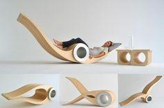 在今年加拿大多倫多的室內設計展(Interior Design Show)中,家具設計品牌 Designarium 創意總監兼設計師 Stéphane Leathead 交出了第一個作品--Exocet Chair。E...