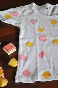 Make your own T-shirt with potato stamps & fabric ink #DIY #kids #crafting