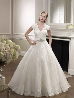 2015 White Ball Gown Sweetheart Beading Sashes Zipper Lace Organza Wedding Dresses Bridal Gowns AWD630036