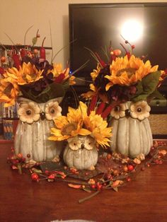 Owl and sunflower fall decoration